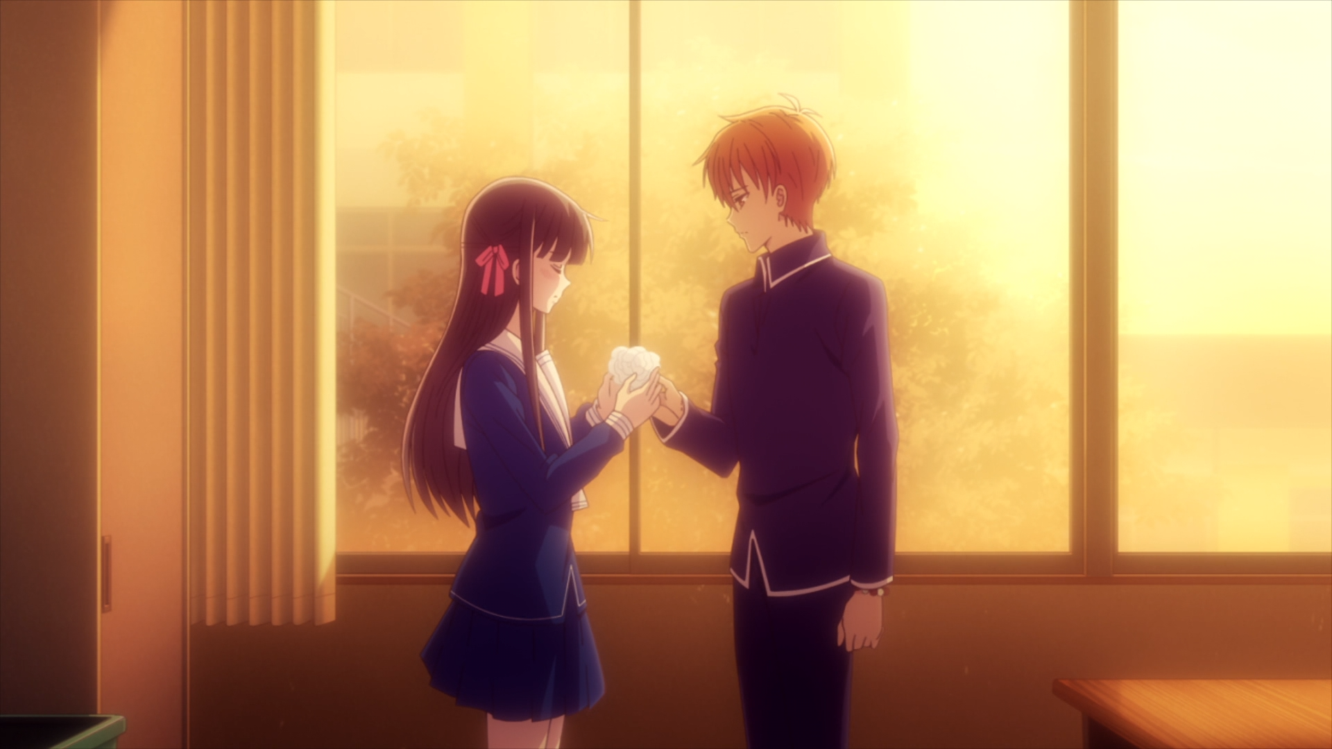 fruits-basket-the-final-kyo-comforts-tohru